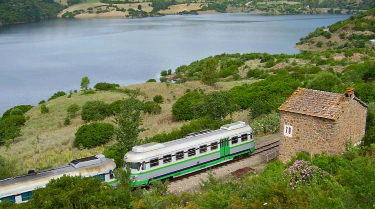 Sulle vie del Trenino Verde della Sardegna